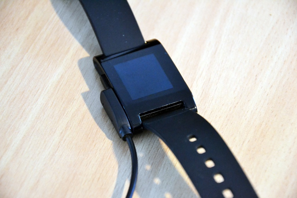 Smartwatch Chargingdock – Pebble